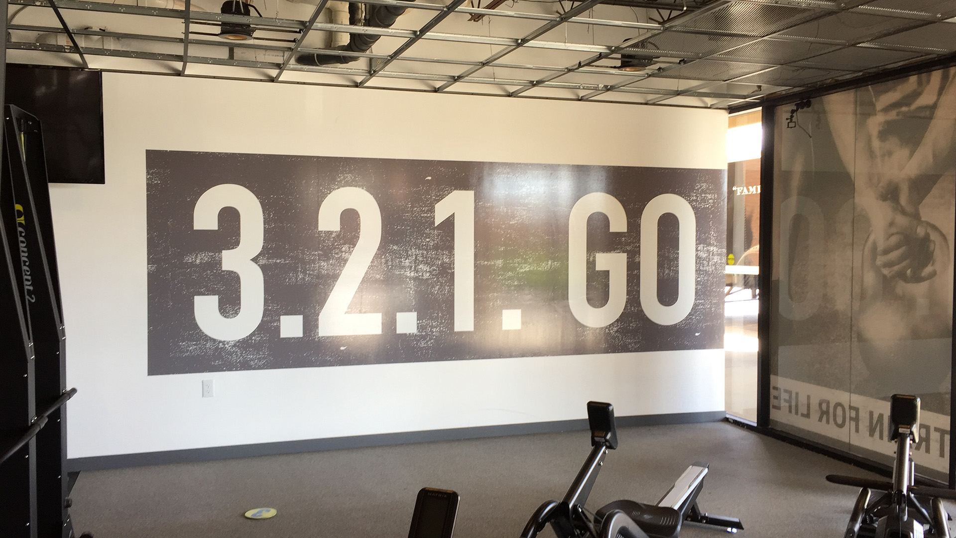 321 Gym wall graphic